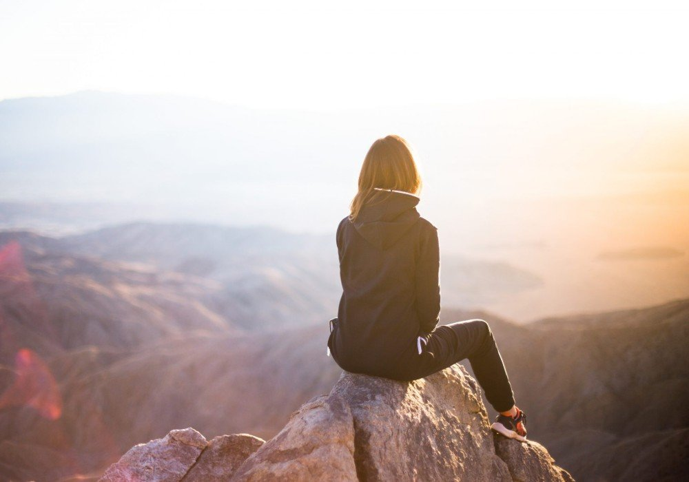 What It's Like To Travel Alone As A Woman